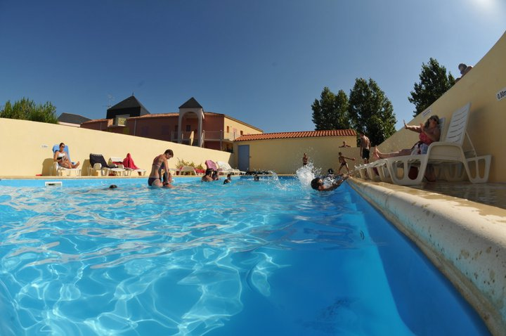 la piscine couvert et chauffée du camping